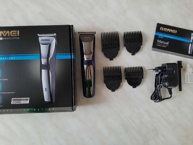 Машинка для стрижки волос с аккумулятором беспроводная Gemei GM-829