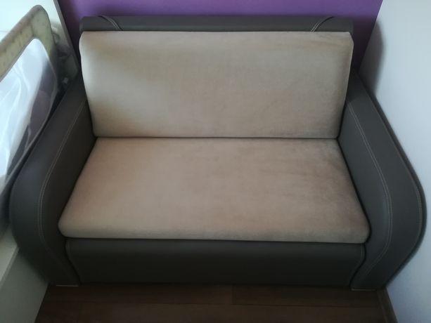 Sofa 2 osobowa z funkcją spania, stan bardzo dobry