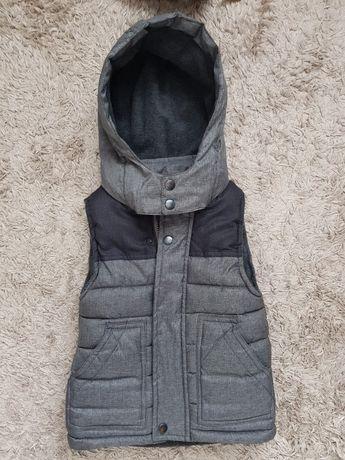 Безрукавка жилетка куртка