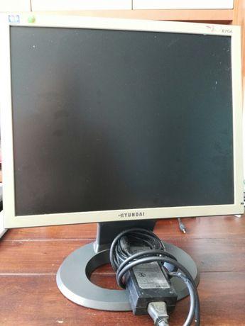 Monitor Hyundai B70A