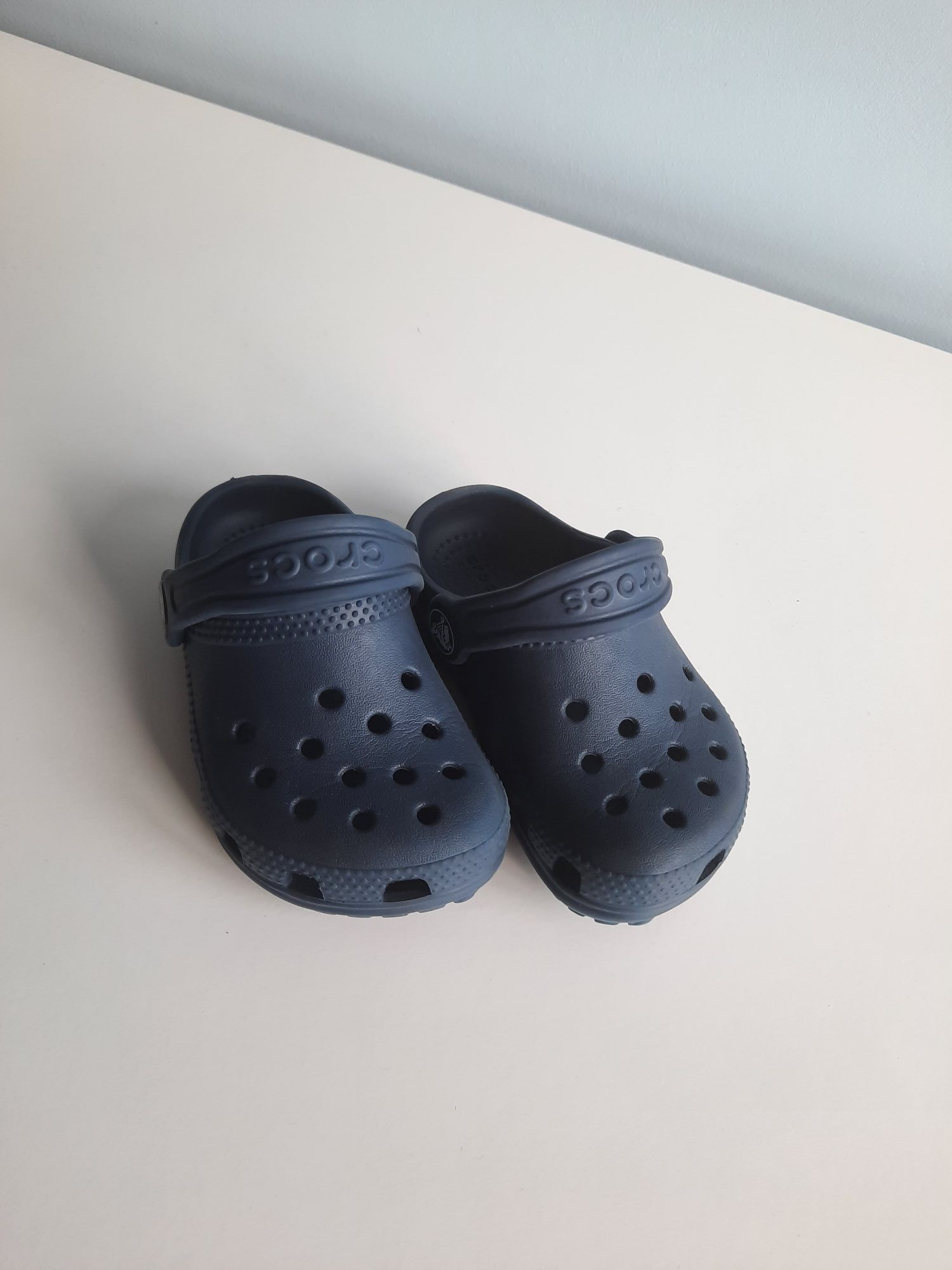 Crocs tam. C6
