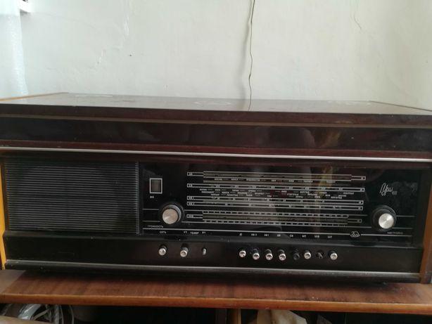 Продам ретро радиолу