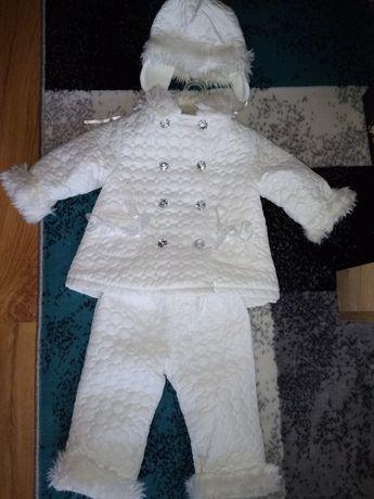 Białe ubranko