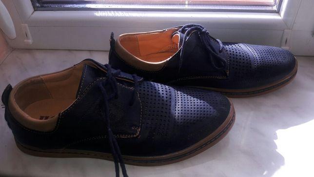 Мешти Туфлі кросівки взуття