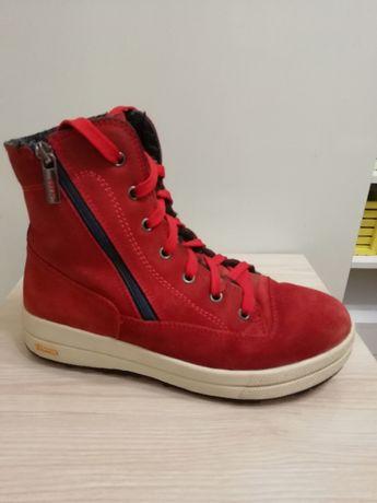 Зимние замшевые качественные ботинки 38 р