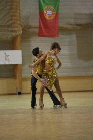 Fato de Patinagem Artística ou Dança Dourado Swarovsky