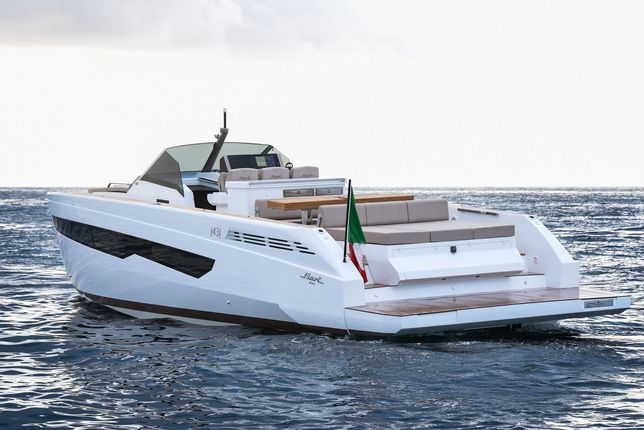 Jacht motorowy FIART |43| do obioru 30.06.2021 !