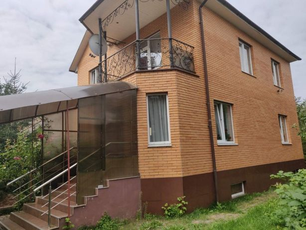 Сдам дом в аренду в 3 мин. пешком от метро Академгородок.