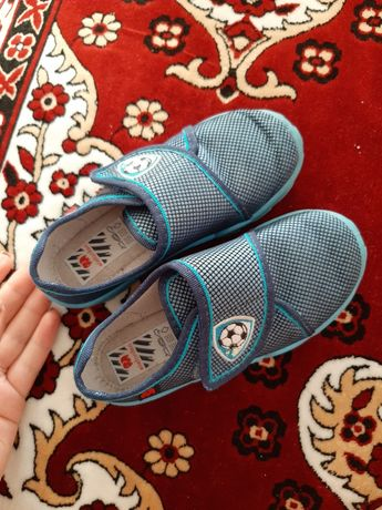 Обувь в детский сад мокасины туфли босоножки кроссовки тапочки