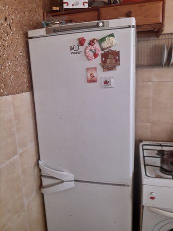 Обменяю холодильник индезит