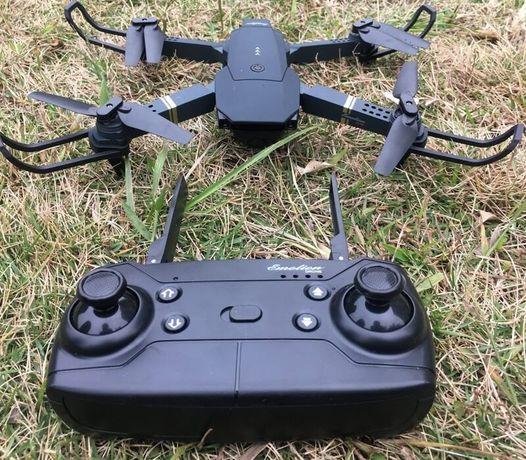 Квадрокоптер Eachine E58 / JY019 - дрон с HD камерой FPV 10 мин. полет