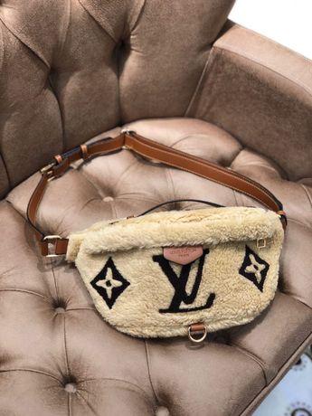 Женская бананка/рюкзак пушистые Louis Vuitton Луи витон