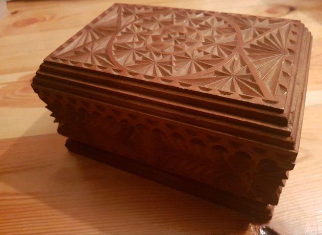 Pudełko szkatułka