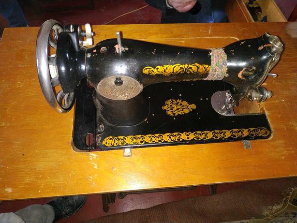 Подолянка швейная машина