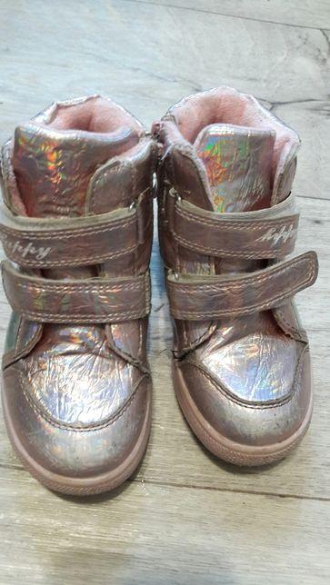 Ботинки,хайтопы.