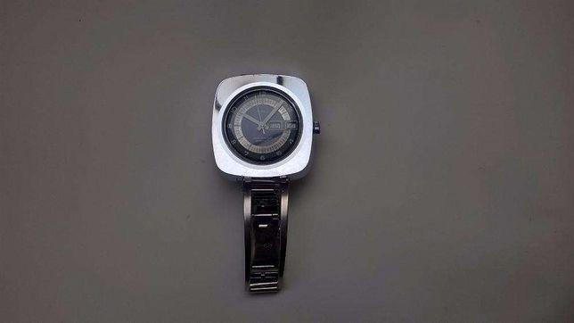 Relógio Timex Automático. 66 €. Funcional. Em bom estado
