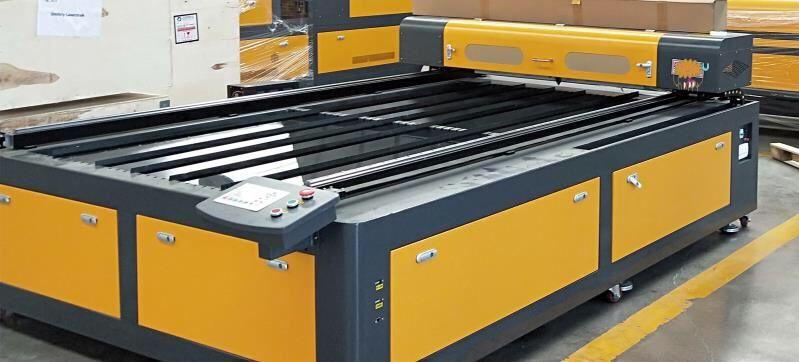Máquina a Laser de Co2 130w Reci W6- Corte e Gravação 1300x2500mm Nogueira, Fraião E Lamaçães - imagem 1