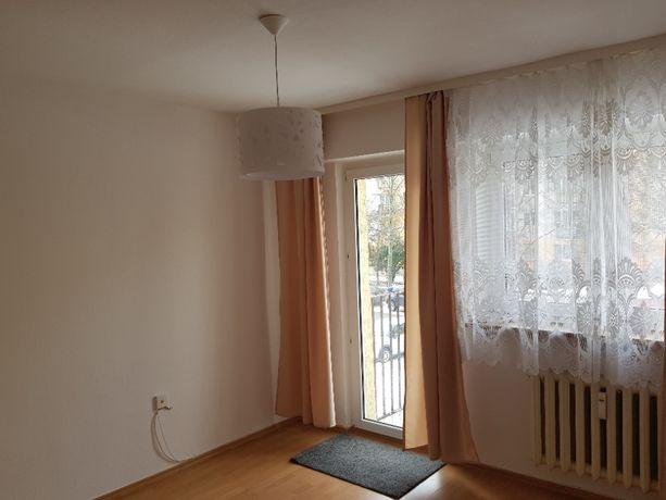 2 pok.+ kuchnia, 37 m2, 1 piętro, ul. 1-go Sierpnia róg Sulmierzyckie