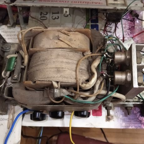 Мощный трансформатор для пускорядного устройства в комплекте