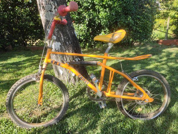 Bicicleta BMX Laranja