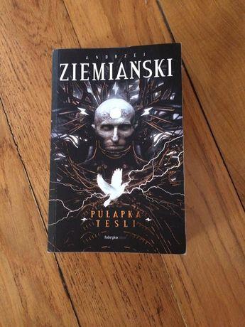 Pułapka Tesli Andrzej Ziemiański Fabryka Słów 2019