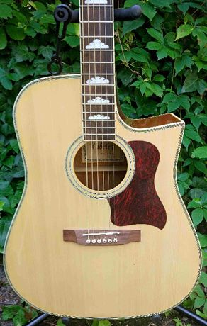 Gitara elektro akustyczna