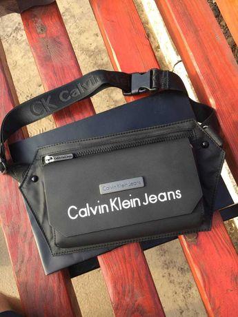 Бананка calvin klein черная женская / мужская барсетка поясная сумка