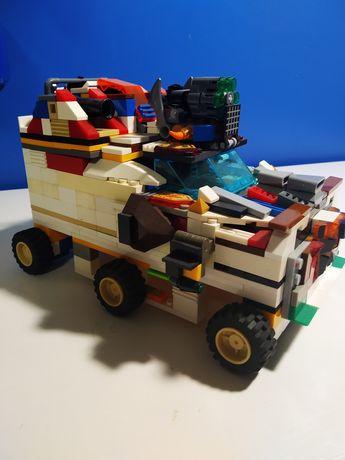 Лего іграшка машина