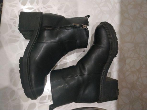 Ботинки туфли bershka zara