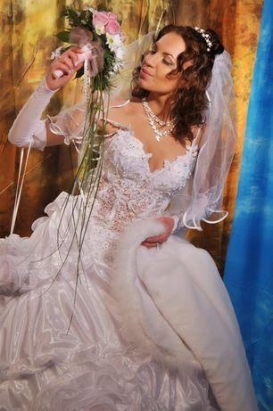 Свадебное платье 46 р.
