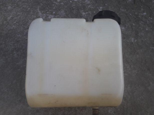 Traktorek kosiarka zbiornik paliwa mtd yard man stiga john deere