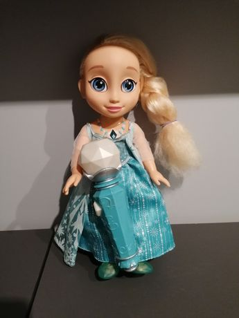 Kraina lodu Elsa z mikrofonem