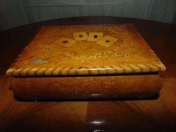 Drewniane pudełko,skrzynka na karty,vintage z lat 50