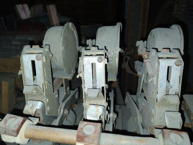 Автоматический выключатель АВМ-4 250А стационарный
