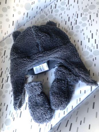 Продам новый зимний наборчик Carters шапка ушанка и рукавички