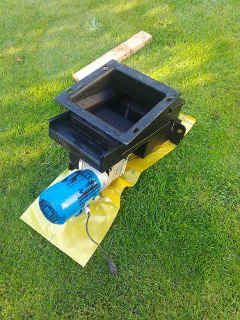 Podajnik szufladowy kotła KWMP2 Kotrem,nadmuch,komputer,silnik,czujnik