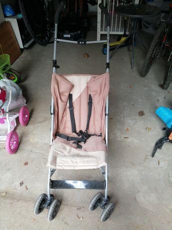 Wózek parasolka plus daszek