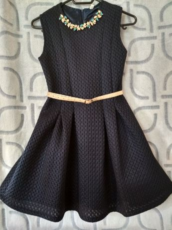 Платье нарядное на девочку 8-10 лет (выпускное, новогоднее)