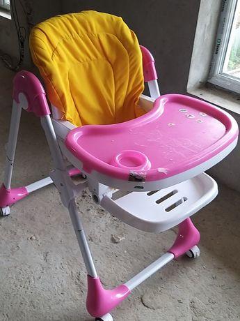 Столик, стілець, стульчик для годування малюка дитини