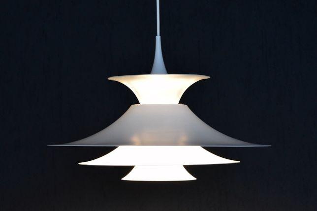 Candeeiro RADIUS I designer Erik Balslev produzido pela Fog & Morup