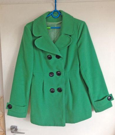 Plaszcz zimowy zielony m 38 guziki czarne kolnierz elegancki