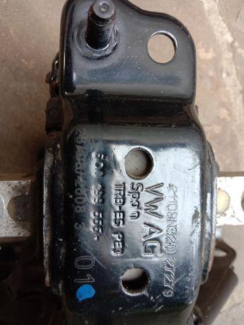 Подушка двигателя VW POLO 1,4 GOLF 1,6