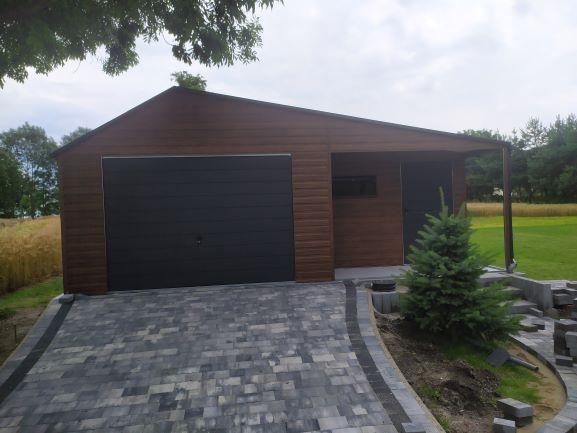 Garaż blaszany drewnopodobny nowoczesny BRAMY Panelowe Profil