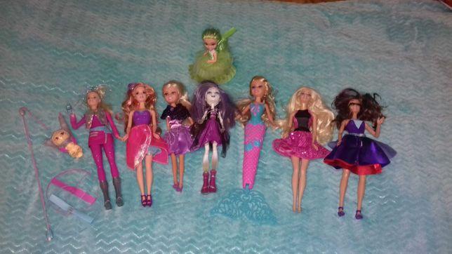 Zestaw lalek lalka Barbie monster high cup cake i  inne 8szt jak nowe.