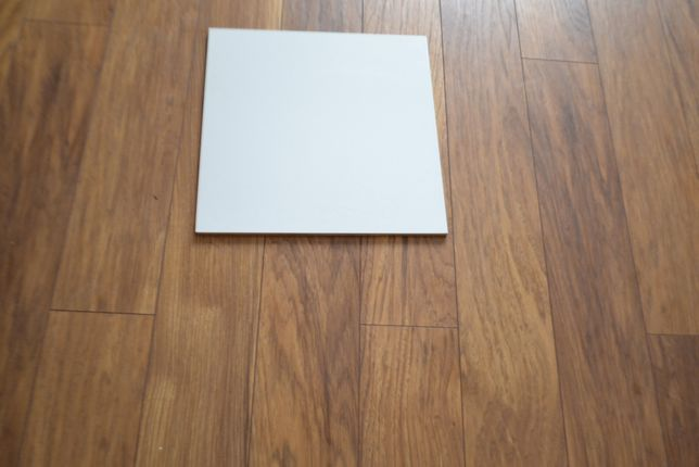 Kafle na scianę, glazura biała 30 x 30