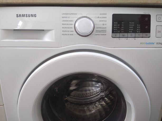 Máquina de lavar roupa Samsung Ecobuble 8kg como nova