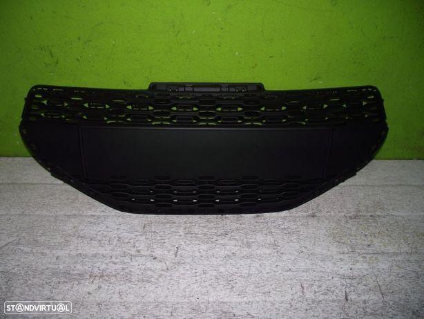 PEÇAS AUTO - Peugeot 208 - Grelha Central de Para Choques - G304