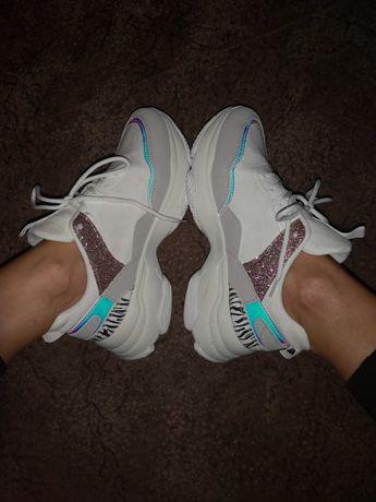 Buty sportowe Sneakersy holo rozm. 40 białe