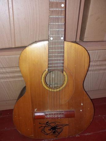 Гитарка акустическая