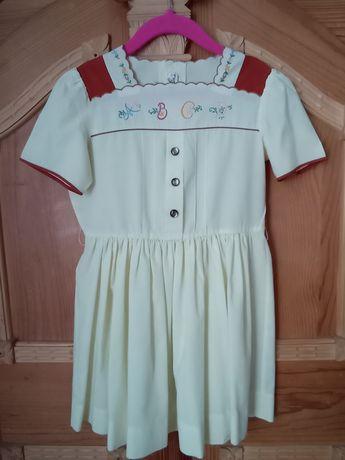 Paka 3 sukienek dzieciecych polskiej marki Margot r 110